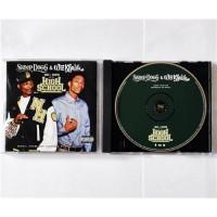 Snoop Dogg & Wiz Khalifa – Mac + Devin Go To High School