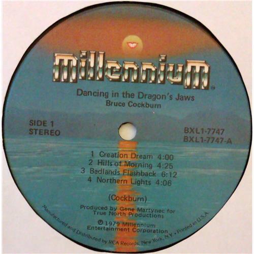 Картинка  Виниловые пластинки  Bruce Cockburn – Dancing In The Dragon's Jaws / BXL1-7747 в  Vinyl Play магазин LP и CD   04827 4