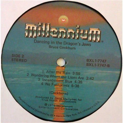 Картинка  Виниловые пластинки  Bruce Cockburn – Dancing In The Dragon's Jaws / BXL1-7747 в  Vinyl Play магазин LP и CD   04827 5