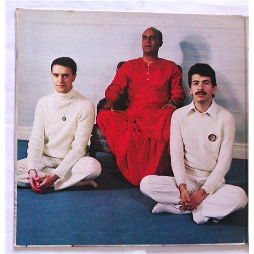 Картинка  Виниловые пластинки  Carlos Santana, Mahavishnu John McLaughlin – Love Devotion Surrender / SOPL 200 в  Vinyl Play магазин LP и CD   06821 1