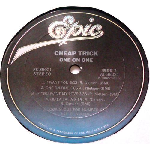Картинка  Виниловые пластинки  Cheap Trick – One On One / FE 38021 в  Vinyl Play магазин LP и CD   04790 4