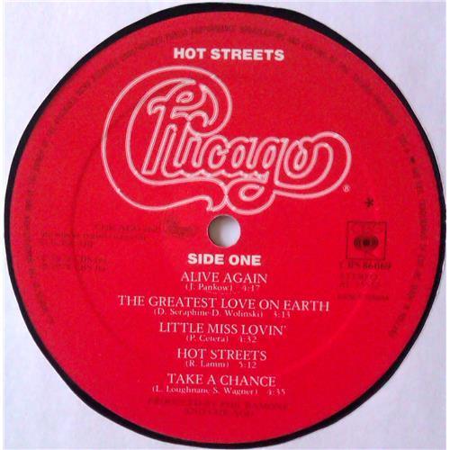 Картинка  Виниловые пластинки  Chicago – Hot Streets / CBS 86069 в  Vinyl Play магазин LP и CD   04777 5