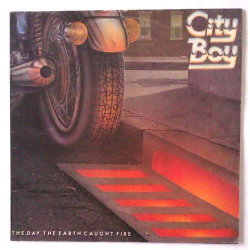 Виниловые пластинки  City Boy – The Day The Earth Caught Fire / 6360 173 в Vinyl Play магазин LP и CD  04748