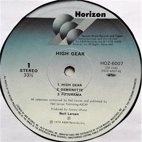 Картинка  Виниловые пластинки  Neil Larsen – High Gear / HOZ-6007 в  Vinyl Play магазин LP и CD   07663 4