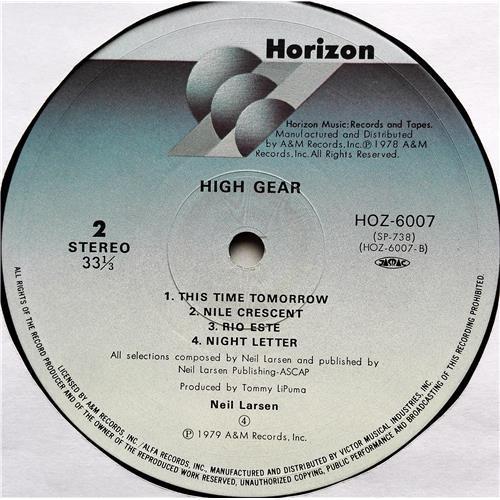 Картинка  Виниловые пластинки  Neil Larsen – High Gear / HOZ-6007 в  Vinyl Play магазин LP и CD   07663 5