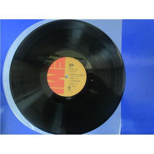Картинка  Виниловые пластинки  Pink Floyd – A Saucerful Of Secrets / EMS-80318 в  Vinyl Play магазин LP и CD   02718 2
