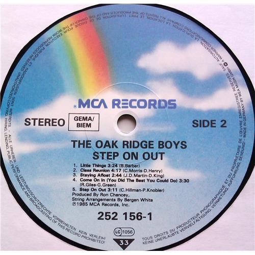Картинка  Виниловые пластинки  The Oak Ridge Boys – Step On Out / 252 156-1 в  Vinyl Play магазин LP и CD   06526 5
