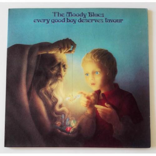 Виниловые пластинки  The Moody Blues – Every Good Boy Deserves Favour / THS 5 в Vinyl Play магазин LP и CD  09835